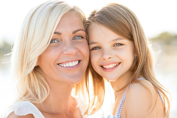Does A Family Dentist In Sacramento Offer Tooth Whitening Procedures?